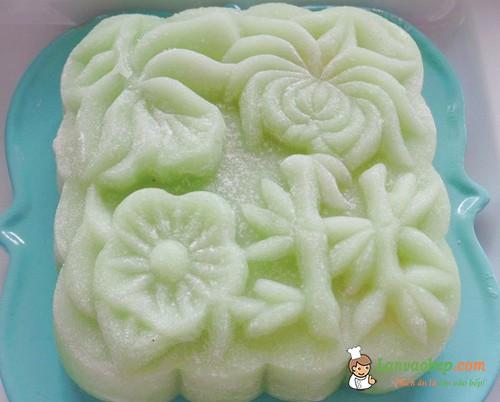 Ngọt ngào bánh dẻo nhân lá dứa đậu xanh cho tết trung thu