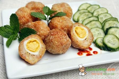Trứng cút bọc thịt chiên xù ngon