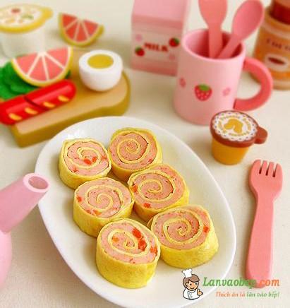 Trứng cuộn tôm cho bé