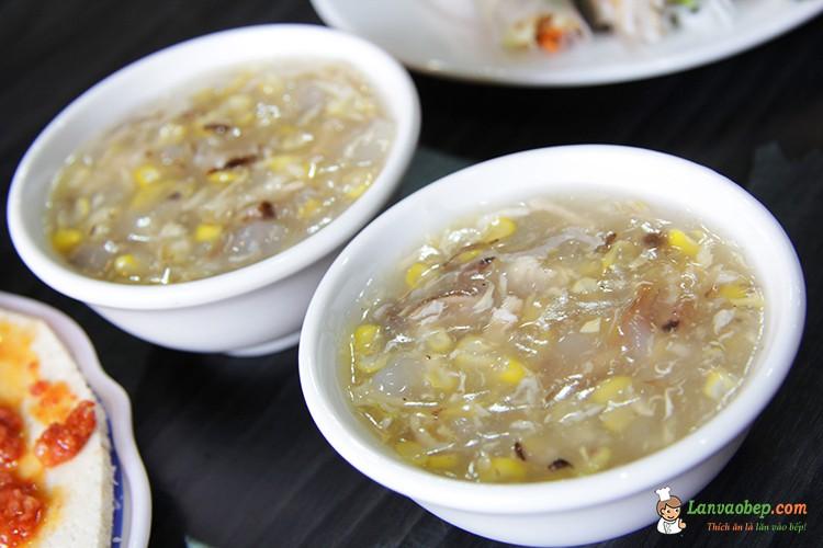 Cách nấu món súp gà ngon ngon, bổ dưỡng.