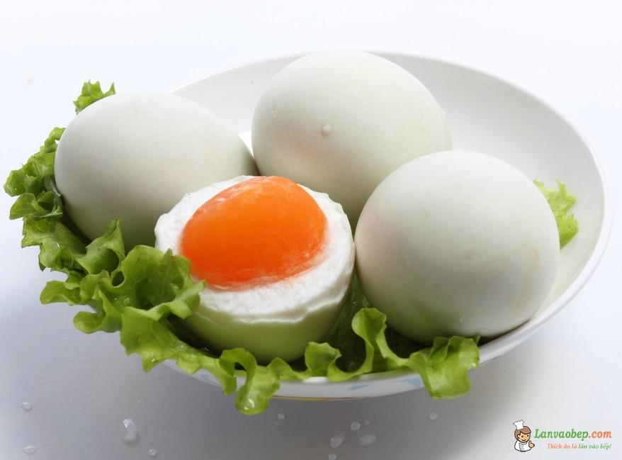 Các món ăn từ trứng vịt – Làm trứng muối tại nhà