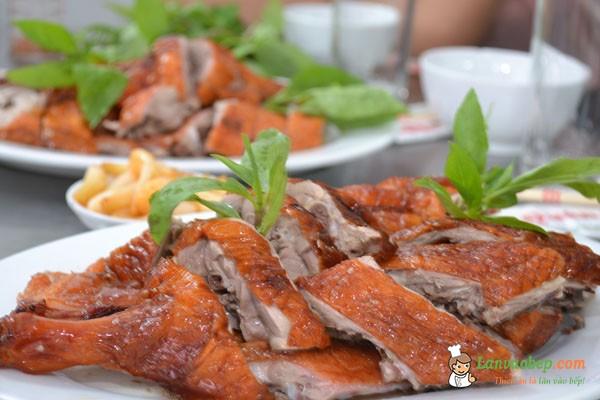 Quán vịt quay ngon tại Hà Nội