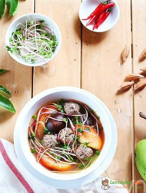 Đổi vị với canh rau mầm với thịt bò viên