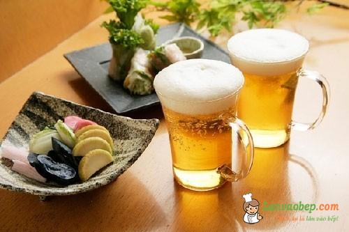 5 mẹo nội trợ hữu ích với bia hết hạn