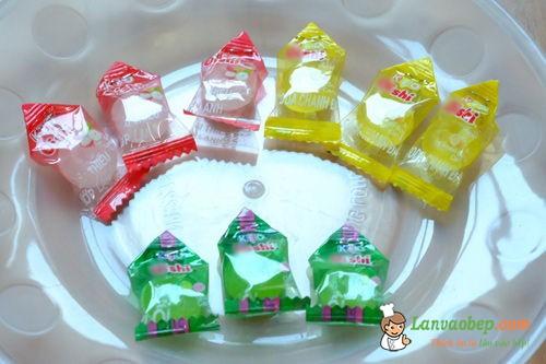 Cách làm các bộ phận của hoa sen bằng kẹo oishi