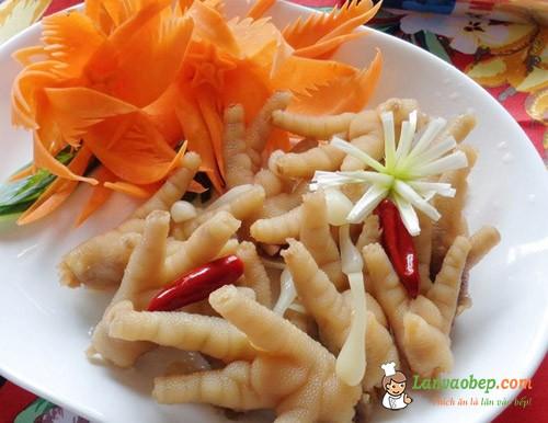 Chân gà ngâm giấm sả ớt – Món ngon ngày Tết