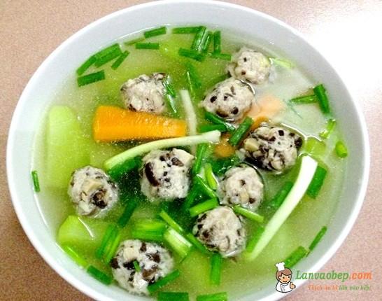 Canh mọc nấu củ quả ngọt nước, ngon cơm