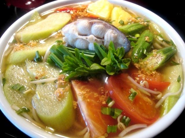 Canh chua cá bông lau ngon cơm đậm đà